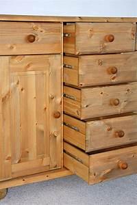Dielenschrank Kiefer Gelaugt Geölt : sideboard 123x93x45cm 2 t ren 7 schubladen kiefer ~ Bigdaddyawards.com Haus und Dekorationen