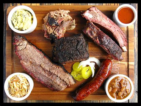 barbecue cuisine bbq city limits la barbecue cuisine texana fed walking