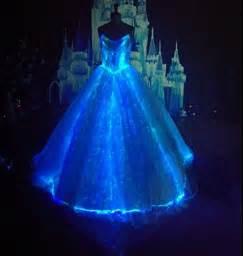 LED DRESS LIGHT UP