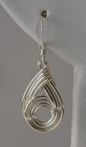 Wirely Earrings And Pendant