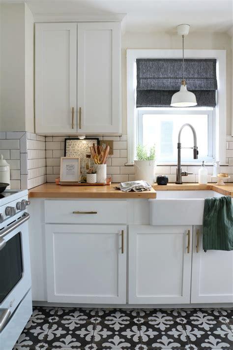 mix metals   kitchen   kitchen faucet