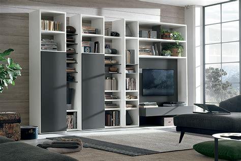 arredamento librerie moderne libreria a025 con colonne attrezzate e vano porta tv