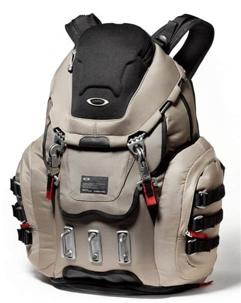oakley kitchen sink backpack best price oakley kitchen sink backpack grey fossil gadgets matrix 8970
