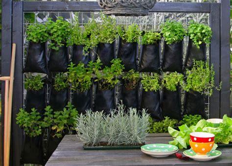 Easy Diy Vertical Garden