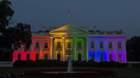 aanslag witte huis film witte huis verlicht met regenboogkleuren om homohuwelijk