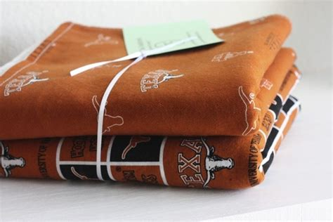 17 Best Images About Texas Longhorn On Pinterest Dog Beds And Blankets Happy Marriage Blanket Wrapping A Baby In As Seen On Tv Free Knitting Pattern Inventor Of Electric Peanuts Linus
