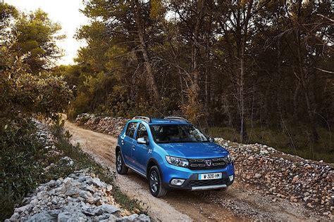 Dacia Sandero Stepway Specs 2018 2017 2018 Autoevolution