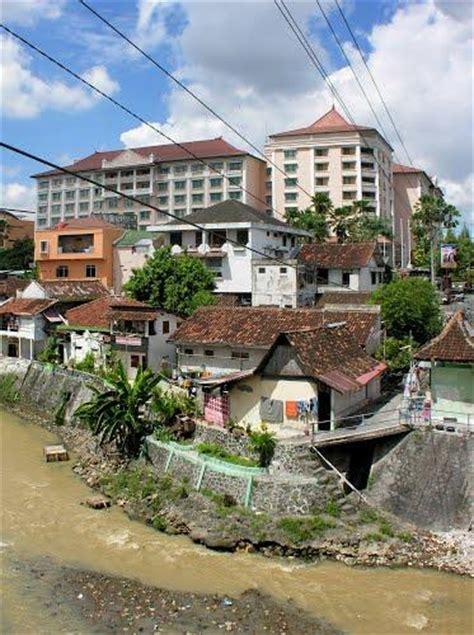 Yogyakarta Corner Jalan Suryotomo