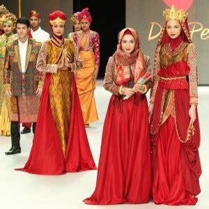 desainer terkenal indonesia  waktu  waktu fika shop
