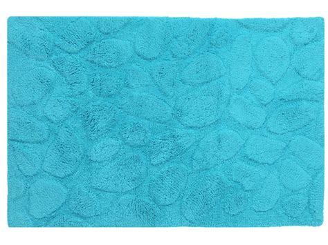 tapis de salle de bain 60x90 cm galets coloris turquoise chez conforama