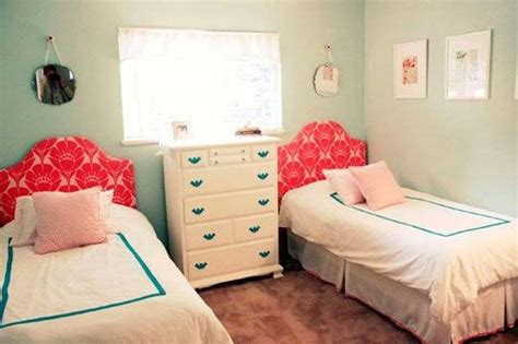 Decorate A Small Bedroom With Two Beds-interior Design