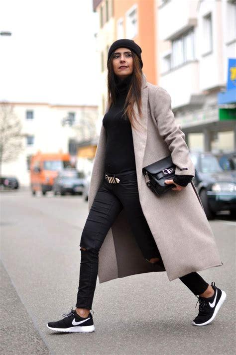 25 best images about Nike Roshe Run Outfit Ideas on Pinterest | Black leggings Sneaker wedges ...