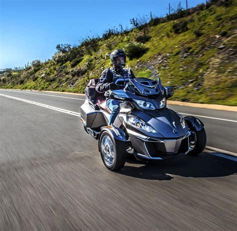 motorrad mit 3 räder can am spyder so cool kann ein motorrad mit drei r 228 dern