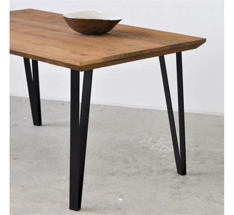 pied de table cuisine 17 meilleures idées à propos de pieds de table sur