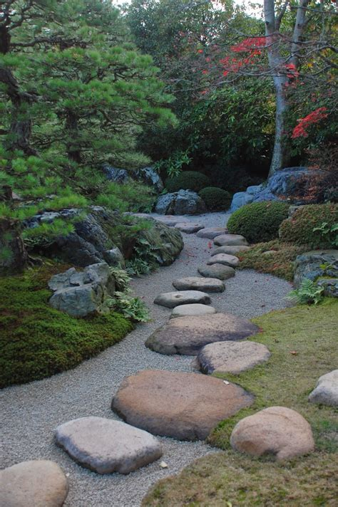 Stepping Stones Garden by Robert Ketchell S Stepping Stones In The Japanese Garden