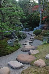 garden stepping stones Robert Ketchell's blog: Stepping Stones in the Japanese Garden