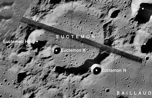 UFO SIGHTINGS DAILY: NASA Deletes Old NASA Moon Photos ...
