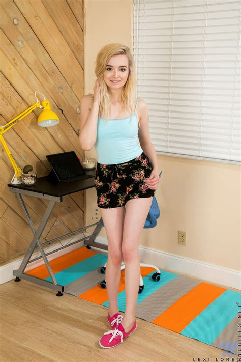 Lexi Lore Sensual Nudity Display From A Blonde Girl On Fire