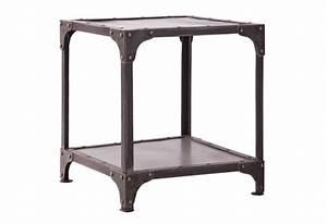 bout de canape industriel en metal vieilli gris vical home With nettoyage tapis avec bout de canapé industriel