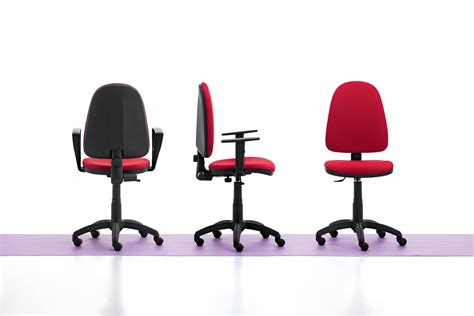 Sedia Semplice Per Ufficio, Con Braccioli E Ruote