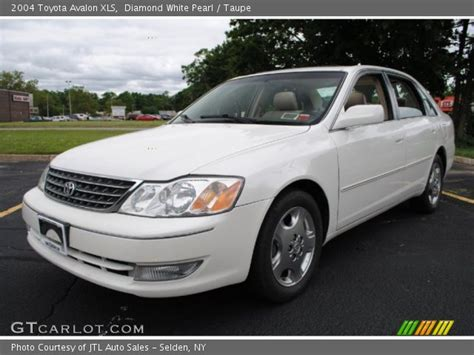 2004 Toyota Avalon Xls by White Pearl 2004 Toyota Avalon Xls Taupe