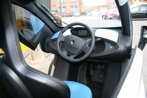 renault twizy interior renault twizy review 1235 cars performance reviews