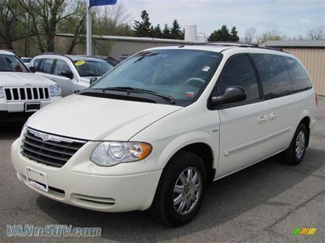 Country Dodge Chrysler Jeep by Town Country Jeep Chrysler Dodge Ram Levittown Ny Autos Post