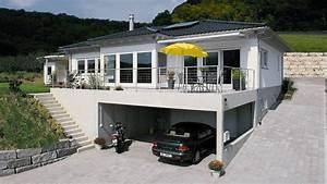 Bungalow Mit Garage Bauen : bildergebnis f r carport mit terrasse architektur ~ Lizthompson.info Haus und Dekorationen
