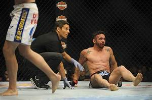 UFC 173: Jamie Varner suffered two broken bones, torn ...