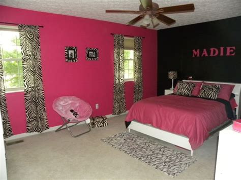 zebra and pink bedroom 25 best ideas about pink zebra rooms on pinterest pink 17904 | d8b02224b241d9895f868ac291c2029e