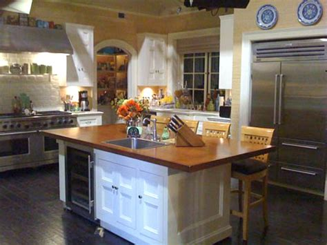 brothers  sisters tv show nora walkers kitchen set