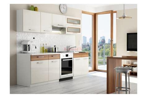Virtuve 1