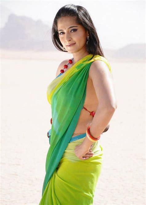 anushka shetty very in sizzling saree