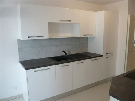 cuisine location locations appartement t3 f3 marseille 13006 perier