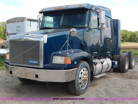 volvo heavy 1994 volvo wia semi truck no reserve auction on tuesday