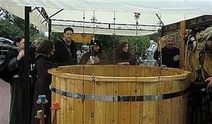 rustikale badezuber aus holz fur den garten als With französischer balkon mit hot tub für den garten