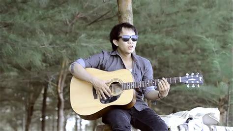 Download lagu mp3 & video: Musik Mp3 Pop Indonesia Terbaru 2014 - Heike Torrie