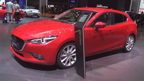 Mazda 3 Revolution Skyactiv-d 150 At (2017) Exterior And