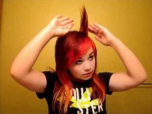 Hayley Williams Hair Tutorial (Crested Bangs) - YouTube