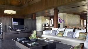 Inside Bali's super luxurious mansion hotels - CNN.com