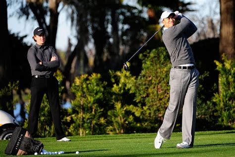 Finchem: Woods To Return To Therapy | Golf News and Tour ...