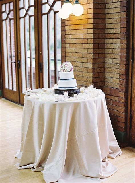 scenic chicago wedding  cafe brauer