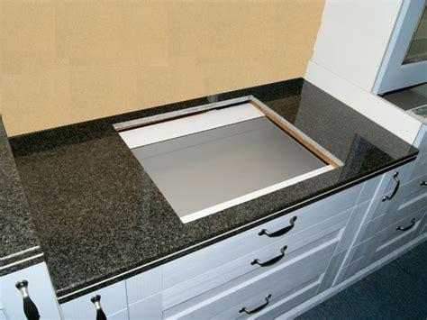 120 Cm Granit Küchen Arbeitsplatte Schwarz Für Kochfeld 75