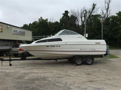 150 Boat Sales In Checotah Ok by 1993 Bayliner Classic 2252 Cuddy Cruiser