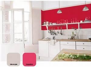 peinture cuisine rouge et lin astral avec meubles blancs With good idee deco pour maison 10 cuisine rouge cerise