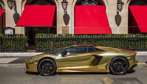 The net price will be three million euros. Challenging Of Car: Diamond Pure Gold Bugatti Chiron