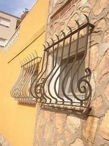 Grille De Protection Fenêtre : barreaux protection pour fenetres les ~ Dailycaller-alerts.com Idées de Décoration
