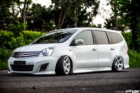 Nissan Livina Modification by Modified Grand Livina Bodykit Design For Nissan Grand