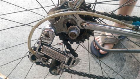 Road Bike Rear  Ee  Wheel Ee   Rubs Frame After  Ee  Tire Ee   Change