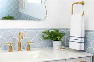 deco salle de bain design quelles sont les tendances With salle de bain design avec décoration murale métal magasin